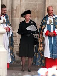 queen elizabeth ii at princess diana u0027s funeral popsugar celebrity uk