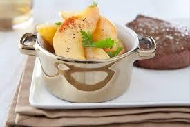 recette de cuisine plat recette de coings pochés aux épices en garniture de plat facile et