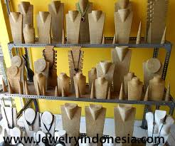 color necklace display images Jewelry displays wood necklaces bust jewellery holders showcase jpg