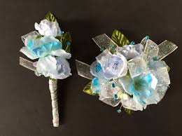 Corsage And Boutonniere For Homecoming The 49 Best Images About Corsages And Boutonnieres On Pinterest