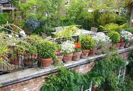 Small Garden Space Ideas 21 Crafty Small Garden Ideas And Solutions For Saving Space