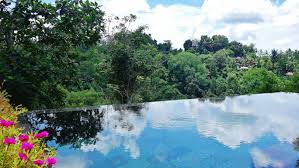 hanging out at hanging gardens ubud mytravelation but don t worry there are many places you can indulge in your spa by the world famous double infinity pool which they will block off for your privacy