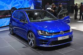 new vw golf r debuts in detroit hits showrooms in early 2015