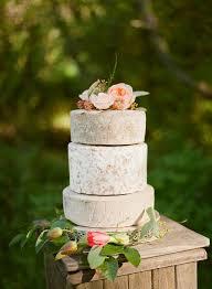 eight cheese wheel cakes we adore maui wedding inspiration