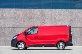 nissan commercial 2017 2017 nissan nv300 replaces primastar van autoevolution