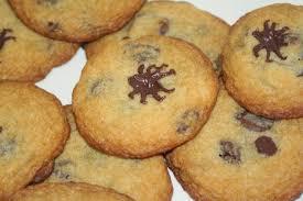 julie bakes halloween treat 3 caramel filled chocolate chip
