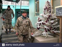 dpa german soldiers of the bundeswehr pass a white christmas