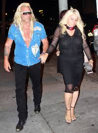 dog the bounty hunter s wife beth emerges after cancer news