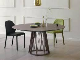 esszimmer tische und stã hle runder tisch mit stuhlen skandinavische mabel runde esstische