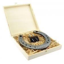 hochzeitsgeschenk hufeisen glückshufeisen mit gravur echtes getragenes hufeisen als geschenk