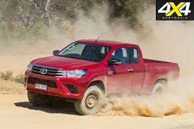 toyota hilux toyota hilux extra cab video review 4x4 australia
