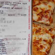 pizza hut help desk phone number pizza hut 26 photos 34 reviews pizza 14346 15th ave n e