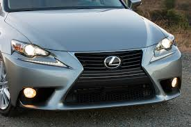 lexus es300h software update 2014 lexus is 250 long term update 1 motor trend
