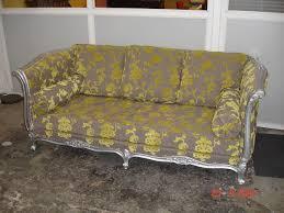 revetement canapé canapé style louis xv jplecomte tapisserie