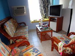 chambre d hotel pour 5 personnes chambre familiale pour 5 personnes 2 chambres un salon 3 salles