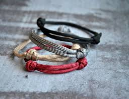 simple survival bracelet images Set of 4 simple paracord bracelets simple paracord bracelet jpg