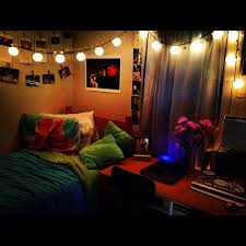 Pinterest Dorm Ideas by Lanterns I Love Lights Out Dorms Here Are So Dark Great Idea