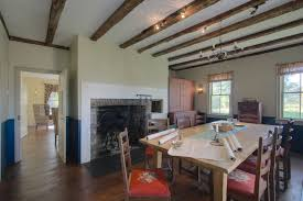 1700s keeping room with fireplace and built in baking oven where