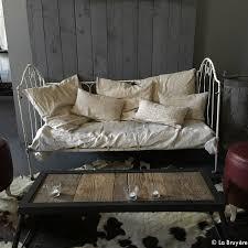 lit canapé fer forgé lit ou banquette en fer forgé boutique brocante de la bruyère