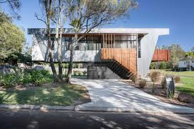 best of modernmonday living a greener lifestyle dwell compson bach a raised beach house keeps above water in flood prone area dwell northern rivers exterior
