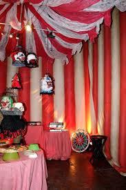 Diy Creepy Halloween Decorations Best 25 Creepy Carnival Ideas Only On Pinterest Halloween