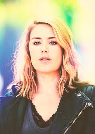 blacklist terrible hair and makeup blonde lizzie the blacklist pinterest blondes and televisions