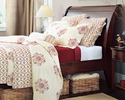 Red And Cream Bedroom Ideas - 20 best red cream and deep espresso bedroom images on pinterest