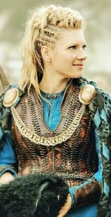 how to plait hair like lagertha lothbrok lagertha s hair elf i love the badass look of this hairstyle
