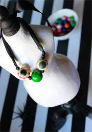 halloween jewelry crafts diy eyeball gumball necklace