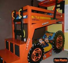 John Deere Tractor Bunk Bed What Little Boy Wouldn U0027t Want A Giant Tractor In Their Room