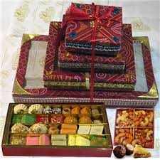 traditional gift basket b 852 sukhadia indian and gifts
