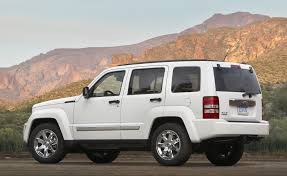 2010 Jeep Liberty Offers Wrangler Style Open Air Driving Get Off