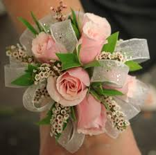 homecoming corsages best 25 homecoming corsage ideas on prom corsage