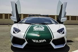 police bugatti dubai police now drive a 1 6 million bugatti veyron sin city