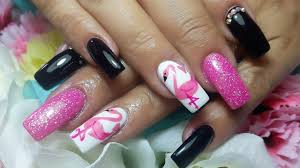 uñas flamingo colaboracion con divo nails by sabrina