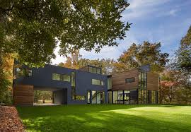 forested modern home in maryland offers views of potomac river architecture modern home robert gurney architect 02 1 kindesign