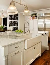 Looks To Love  Farmhouse Sinks Farmhouse Sinks Asylum And Sinks - Kitchens with farm sinks