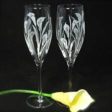 wedding glasses 2 toasting flutes with calla lilies personalized chagne