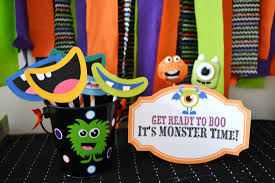 disfraces halloween tienda party city best 25 monster party favors ideas only on pinterest monster 20