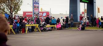 photos santa arrives at devonshire mall windsoritedotca news