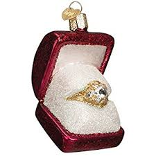 engaged shaped box and ring with gem ornament