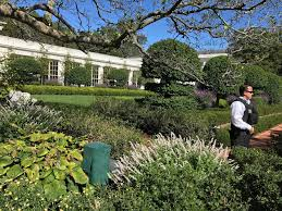 Green House Kitchen by 2 Dudes Who Love Food The White House Kitchen Garden Washington