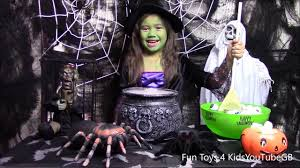 halloween special giants spyder w real life witches tammy trick or