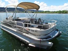 Houseboat Rentals Los Angeles Two Story Pontoon Boat With A Slide Pontoon Boat Pinterest