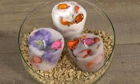 composizione di candele candele fai da te con fiori secchi come realizzare delle candele