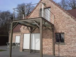 terrasse transparente terrasse suspendue en bois balcon inox et métal