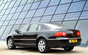 volkswagen phaeton saloon 2003 2015 features equipment and