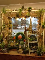 Store Window Decorations For Christmas by Best 25 Florist Window Display Ideas On Pinterest Flower Shop