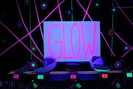 glow in the party decorations glow party presentlyobsessed