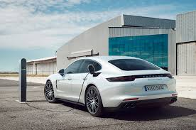 Porsche Panamera Turbo - 2018 porsche panamera turbo s e hybrid first drive review motor